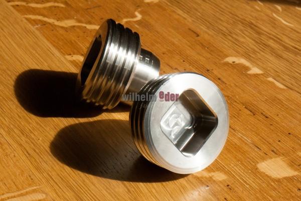 Bung screw for beer barrel