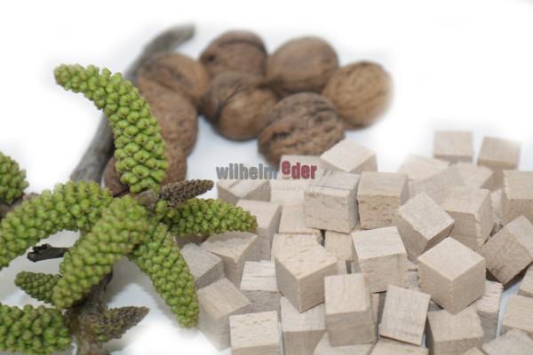 Walnut cubes