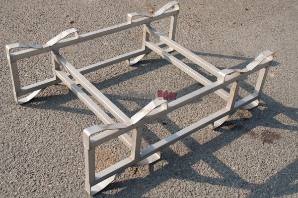 Used stainless steel combination rack for two 225/228 l barrels