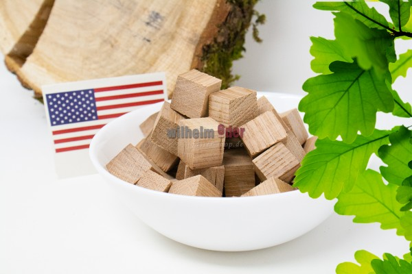 Cubes from oak wood - American not toasted