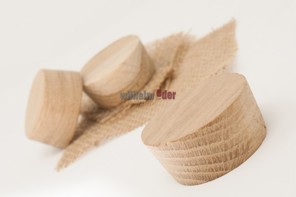 Oak bung with jute cloth