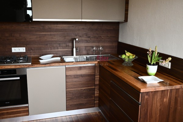 Kitchen countertop from refurbished barrel staves