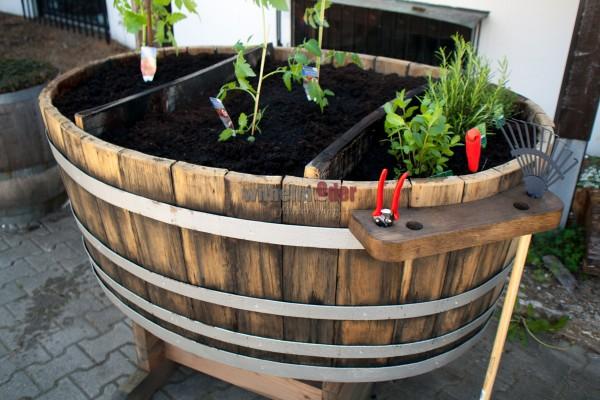 Flower pot - half 1200 l barrel